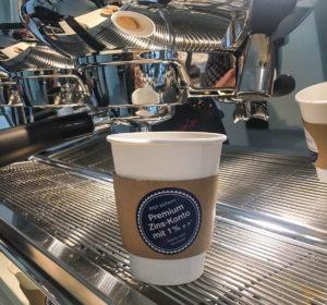 <span>Credit-Suisse: Kaffee-Becher</span><i>→</i>